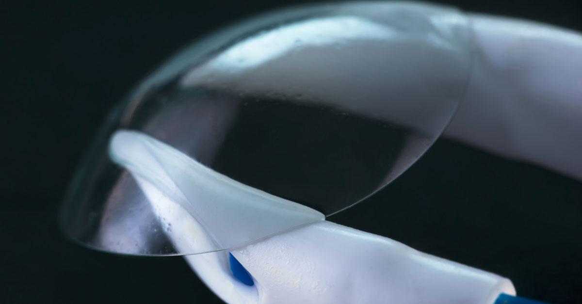 Фото контактни лещи от Sony!